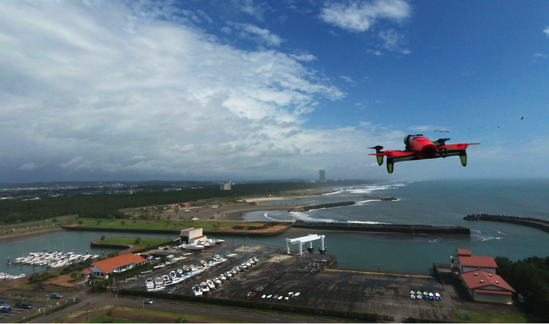 Parrot Bebop Droneレビュー。ドローンで体験できる新しい視点。