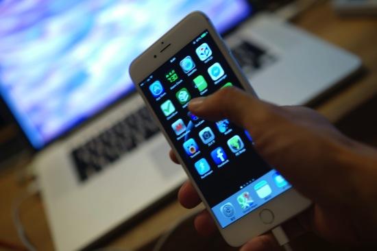 大きく、アプリが完全対応していないiPhone 6 Plusで使うようになったアプリ。PostEver2・Safari・メール
