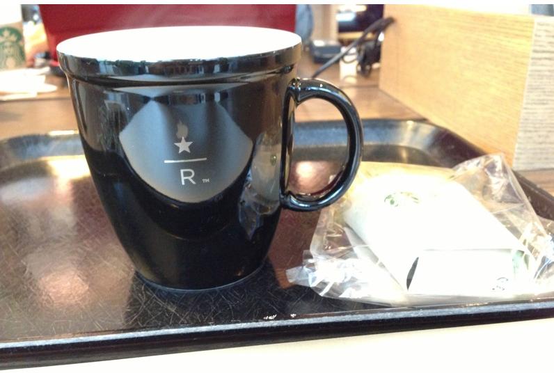 スターバックスリザーブ。プラス220円でおいしいコーヒーを