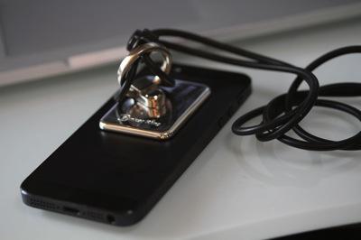 IPhone5 グリップ