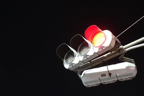 フリーランスは赤信号で止まって考える習慣が必要