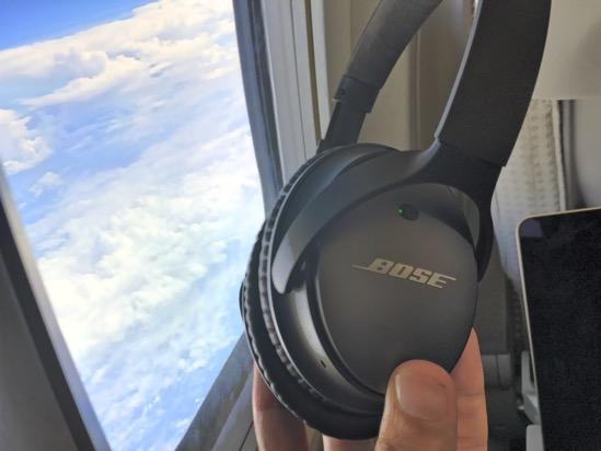 機内・車内に静寂を!Bose QuietComfort 25レポート&愛用のSHUREイヤホンとの比較
